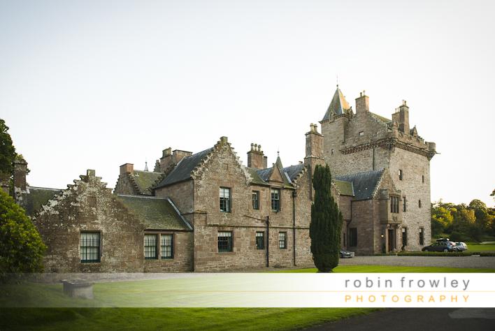 Wedding Photographer Edinburgh: Guthire Castle